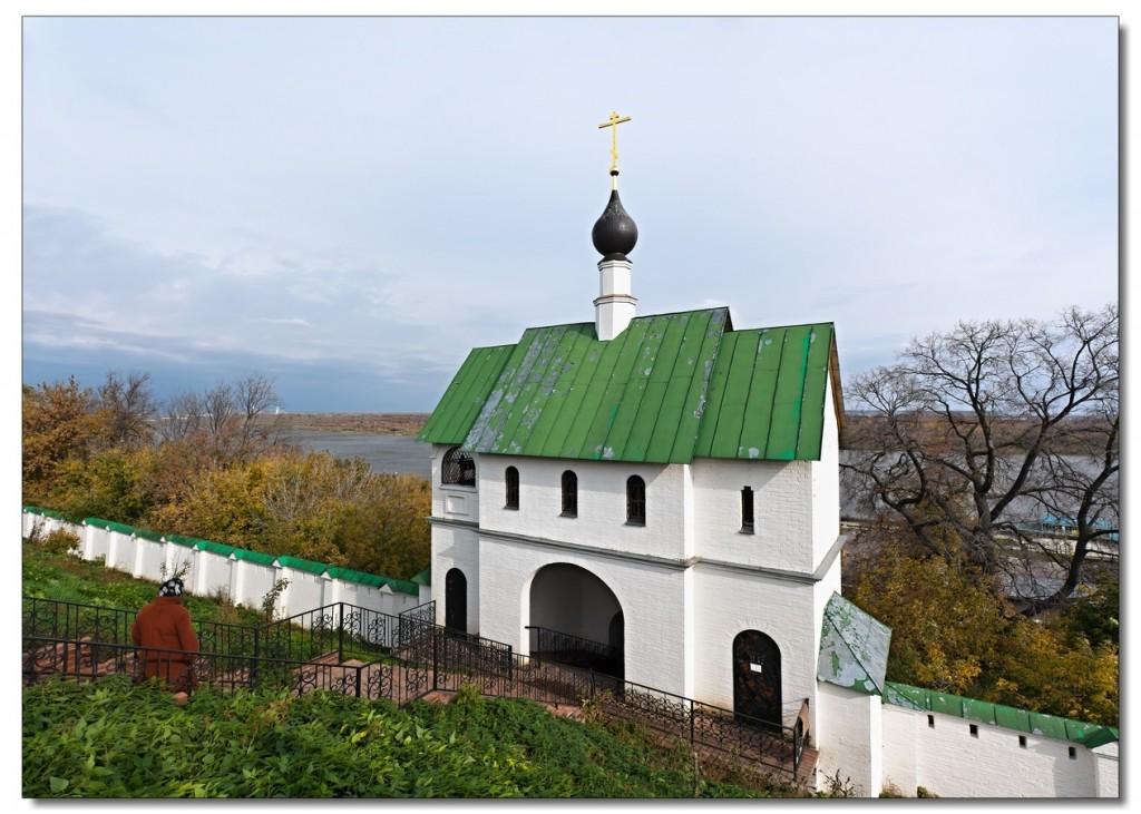 Надвратная церковь Сергия Радонежского в Муромском Спасском монастыре