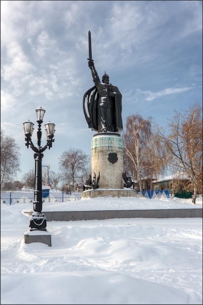 Памятник Илье Муромцу. Фотограф - Вячеслав Заикин (bine)