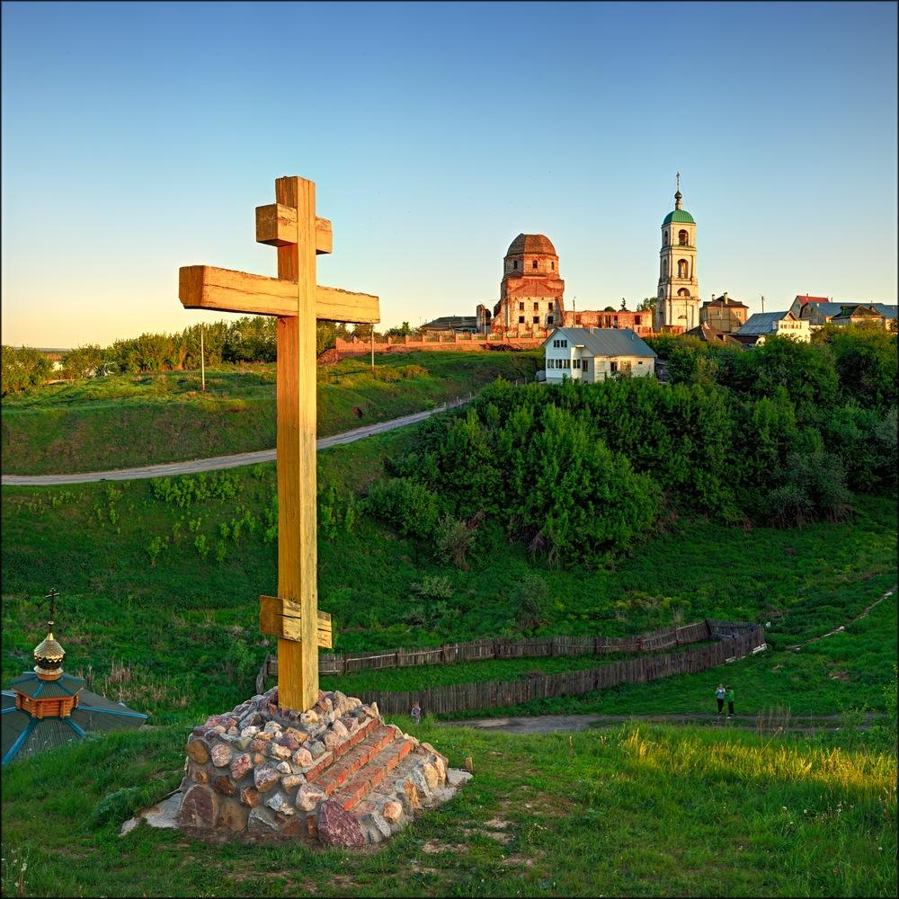 Крест в память Илье Муромцу в Карачарово