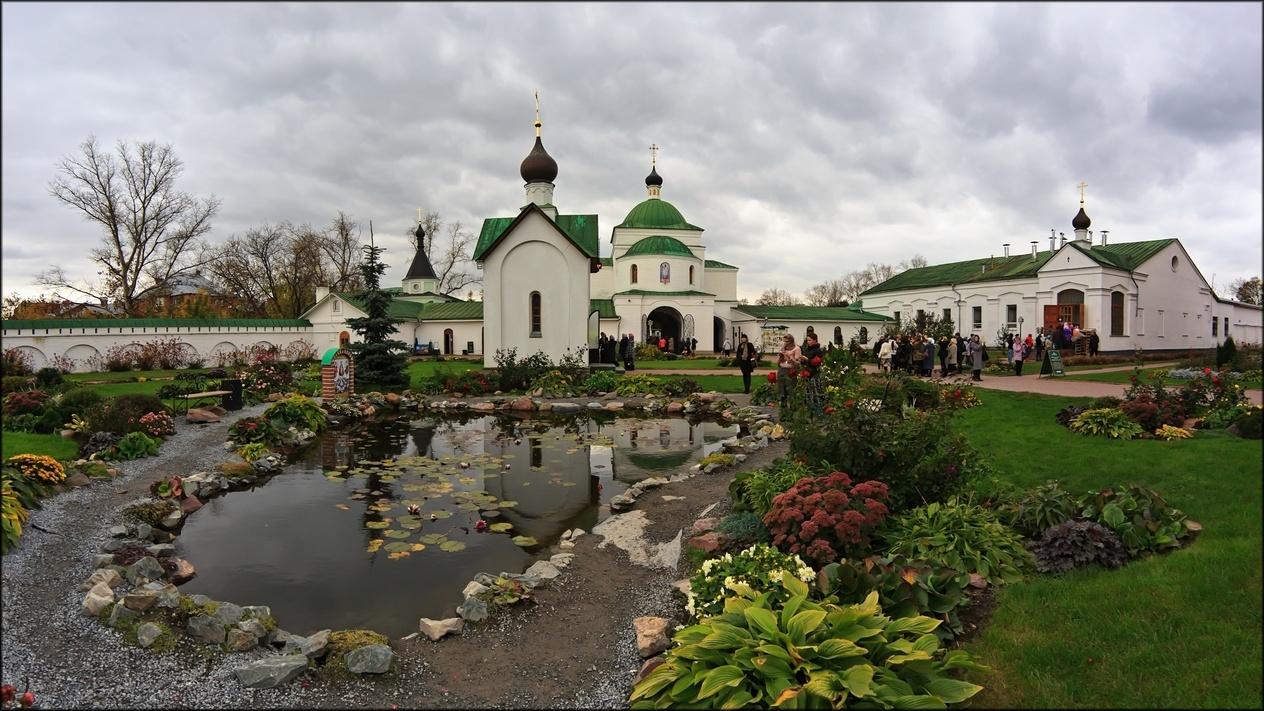 Пруд в Муромском Спасском монастыре