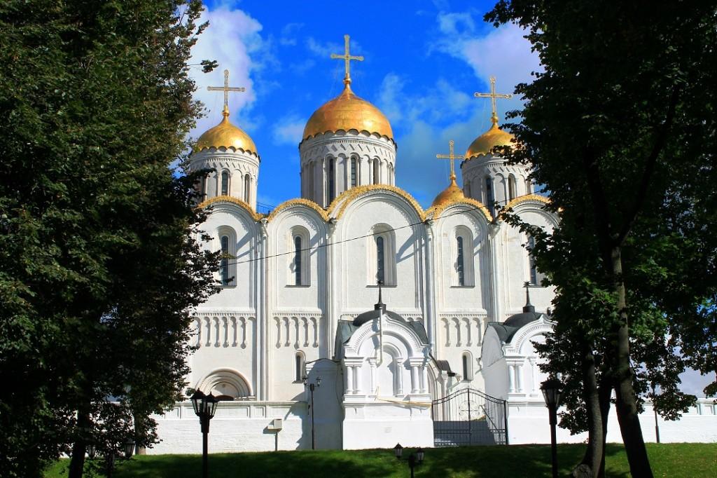 Успенский собор во Владимире. Источник фотографии: http://rozamira.ucoz.ru/
