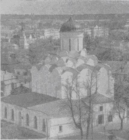Успенский собор реставрированный в 1960 году архитектором И. А. Столетовым