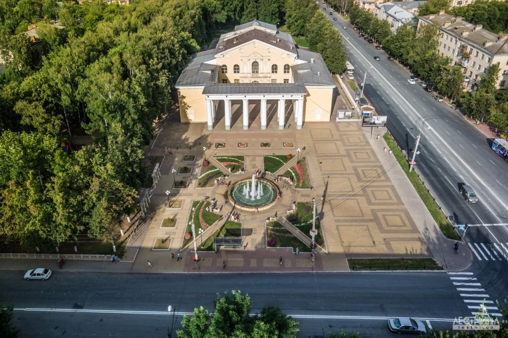 ДК на улице Мира. Город Владимир