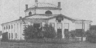 Сохранившийся в с. Варварино дом усадьбы Митьковых