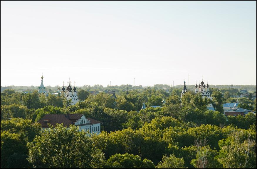 Панорама Мурома с колеса обозрения. Вид на Благовещенский и Свято-троицкий монастыри