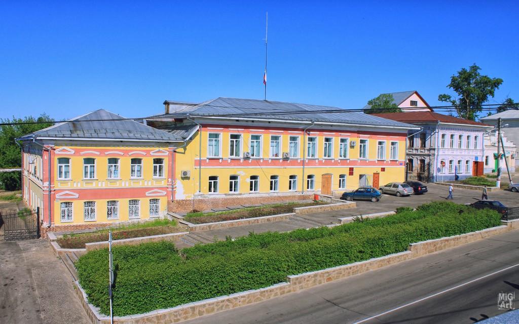 Здание администрации Меленковского района