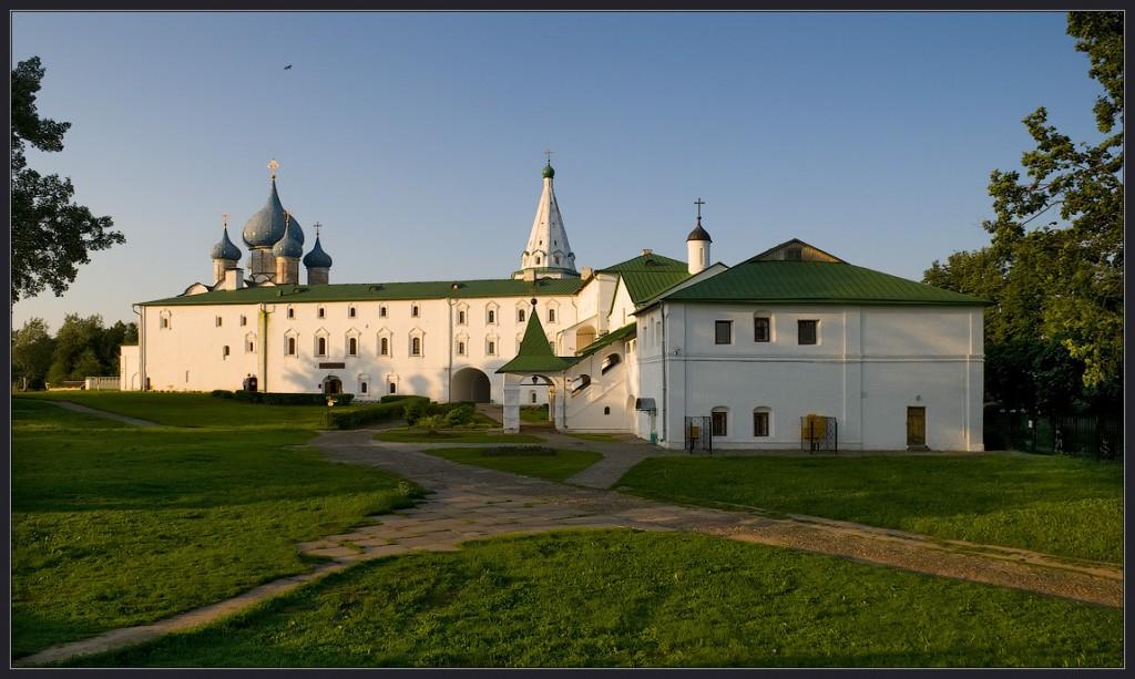 Архирейские палаты в Суздале