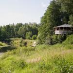 Отличное место для пикника. Веранда с видом на реку. База отдыха Мещерский скит