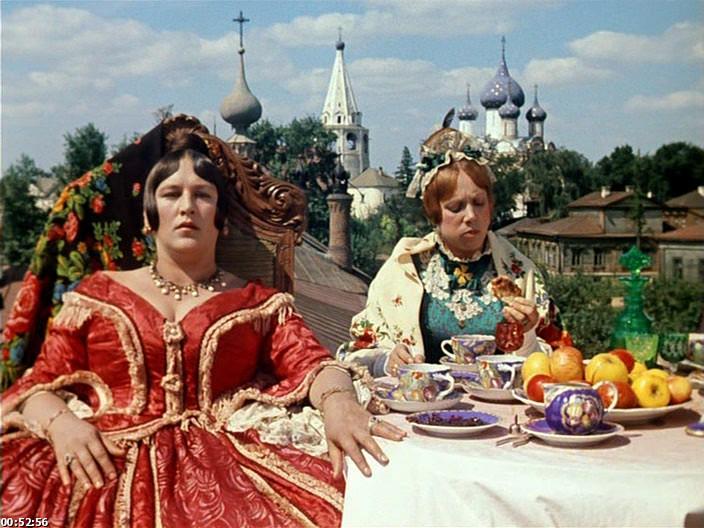 Кадр из фильма Свадьба Бальзаминова в Суздале