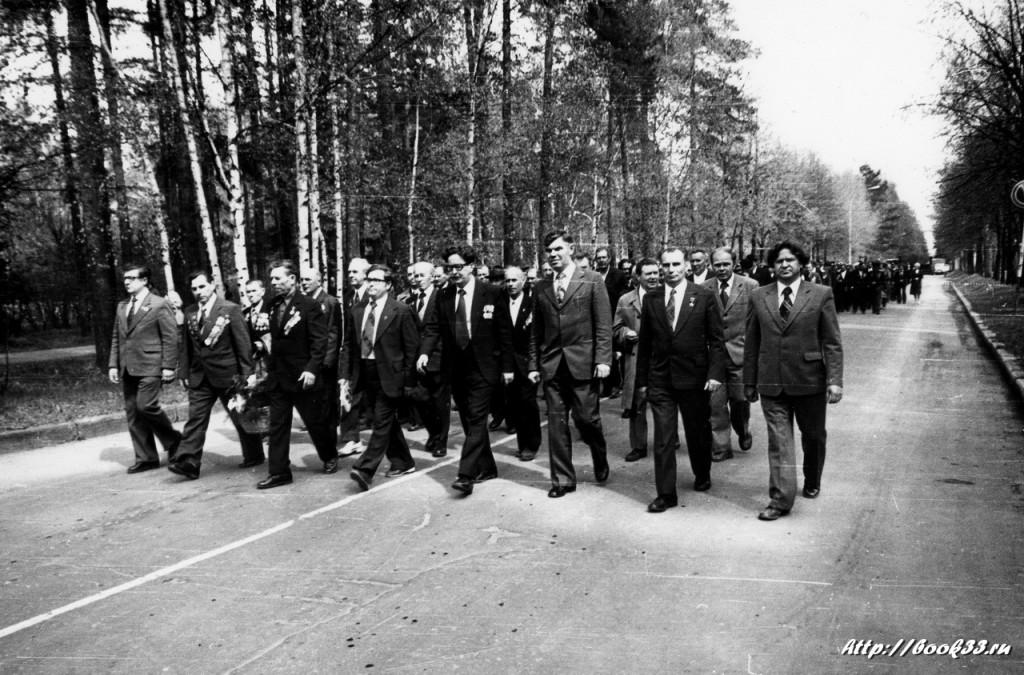 9 мая на Вербовском - шествие к памятнику погибшим в ВОВ