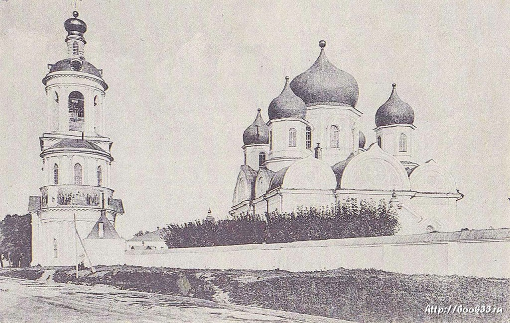 Боголюбский монастырь на старой фотографии