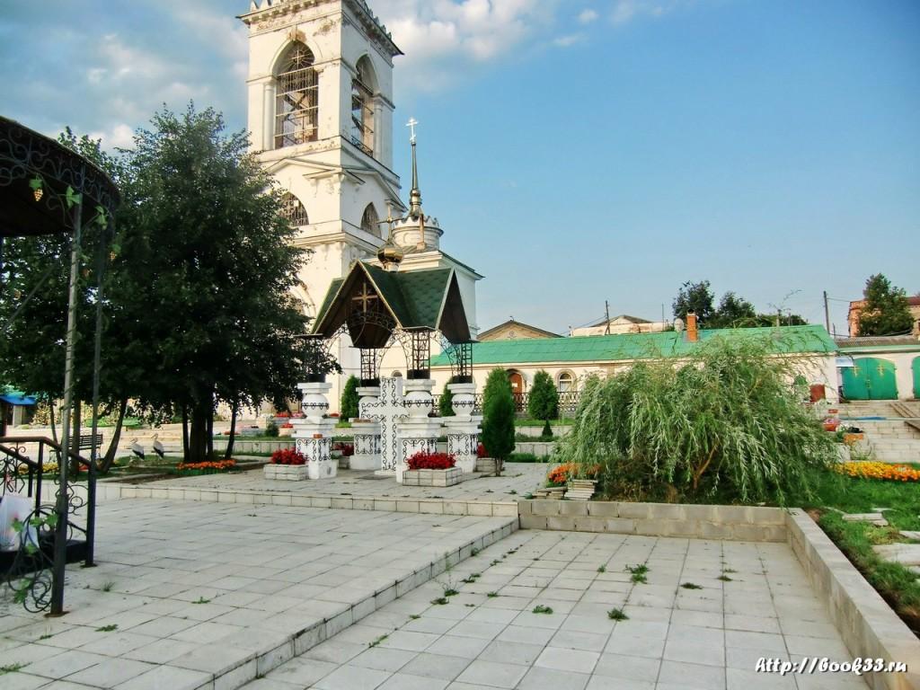 Богоявленский монастырь (Мстёра). Крест