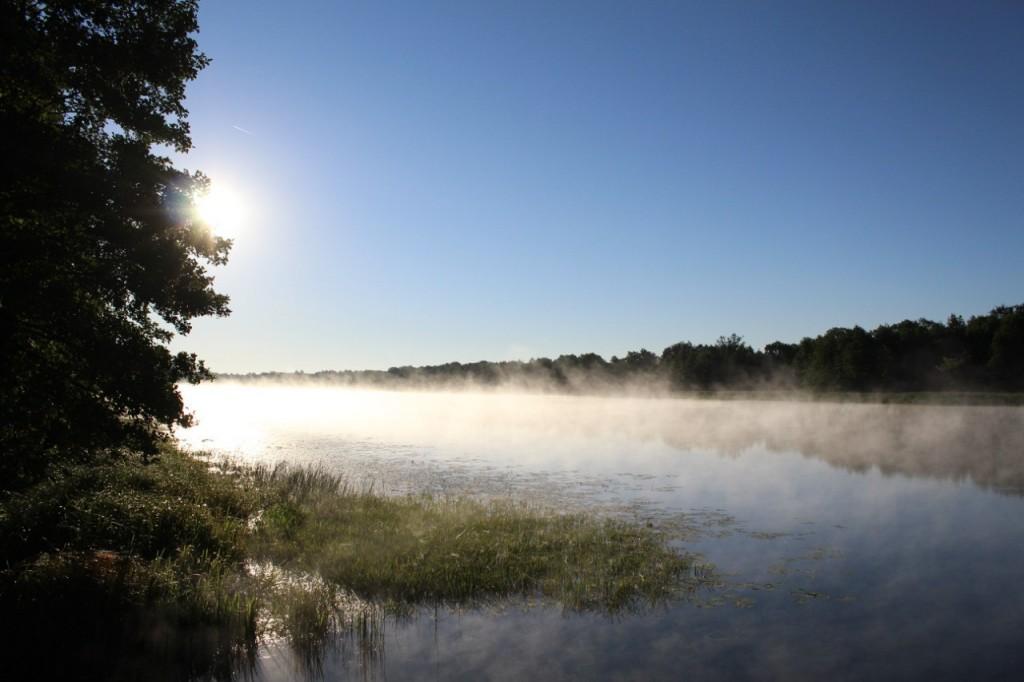 Рассвет на озере Войхра Судогодского района