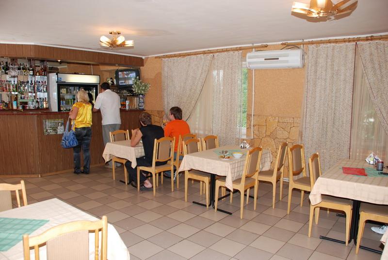 Кафе в гостинице Мещера