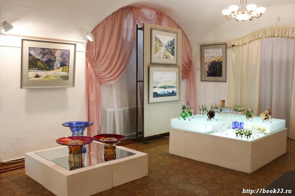 Дополнительные экспозиции в музее Хрусталя