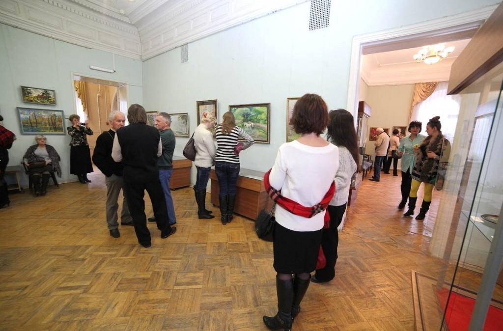 Ежегодная осенняя выставка ковровских художников 18.10.2014г 03