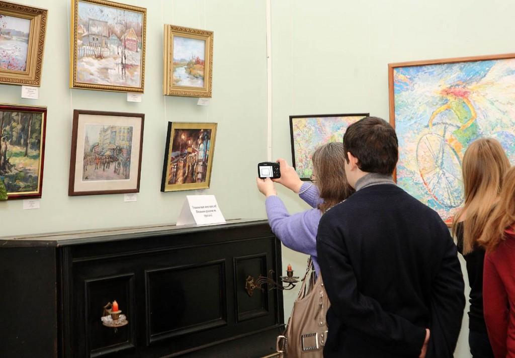 Ежегодная осенняя выставка ковровских художников 18.10.2014г 05