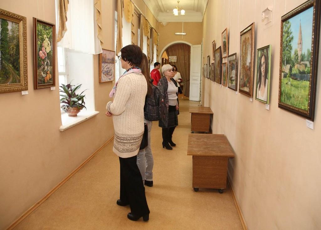 Ежегодная осенняя выставка ковровских художников 18.10.2014г 06