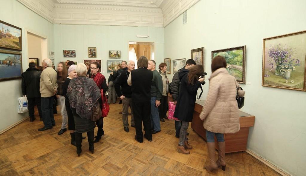Ежегодная осенняя выставка ковровских художников 18.10.2014г 07
