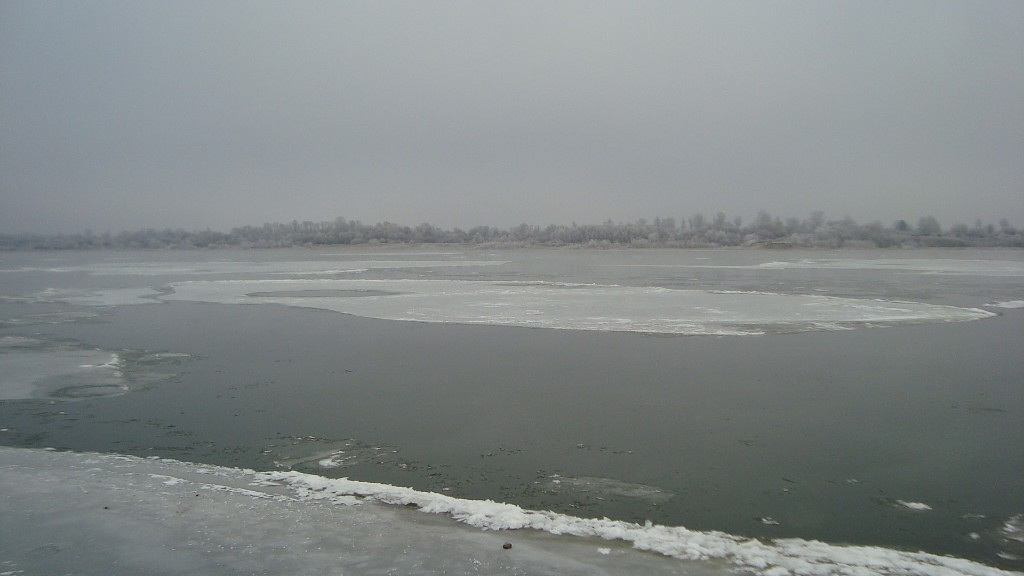 Очень морозный Муром. Осенний ледоход 01