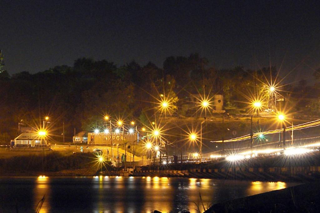 Понтонный мост Муром а ночью
