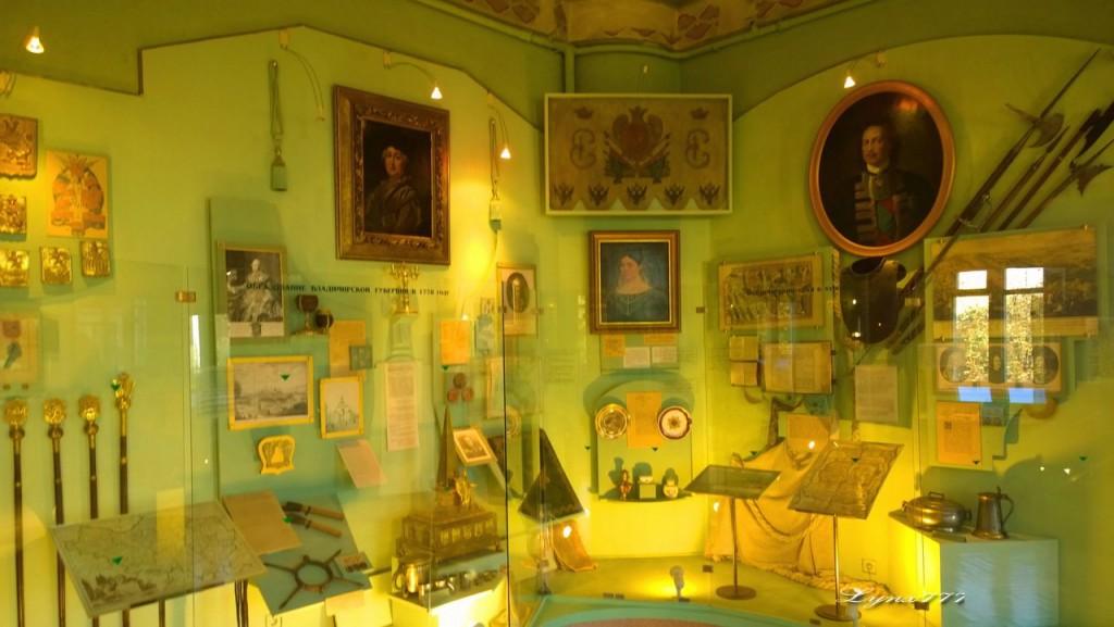 Здание исторического музея во Владимире 07