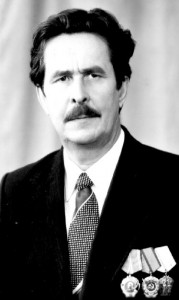 Один из директоров завода: Карачев Г.Н.