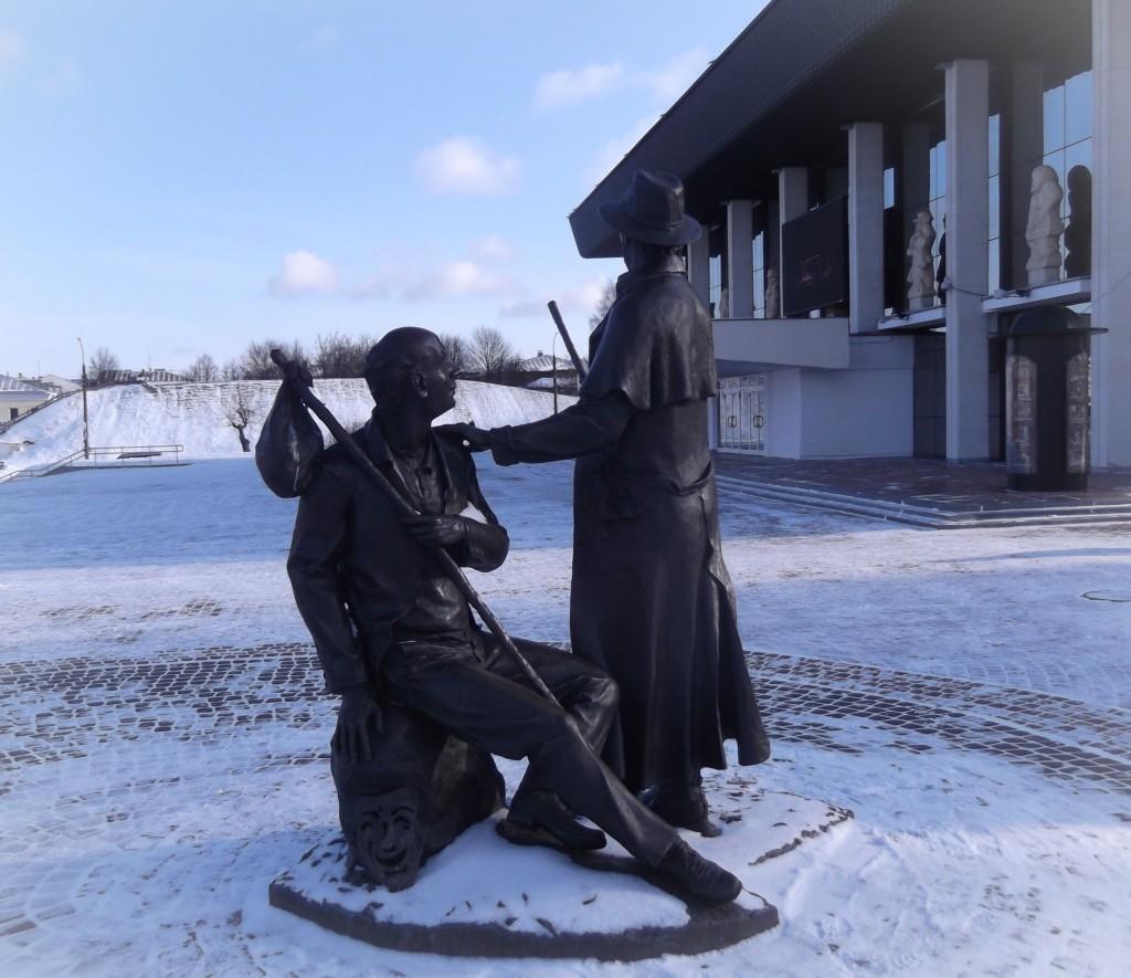 Памятник провинциальным актёрам, г. Владимир 03