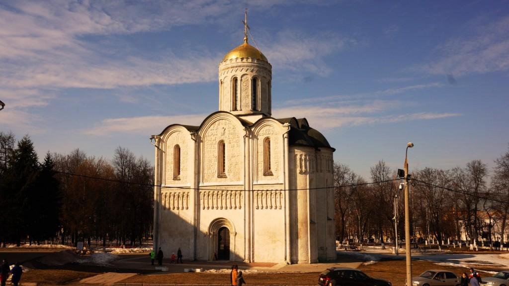 Коротко о Дмитриевском соборе города Владимира 01